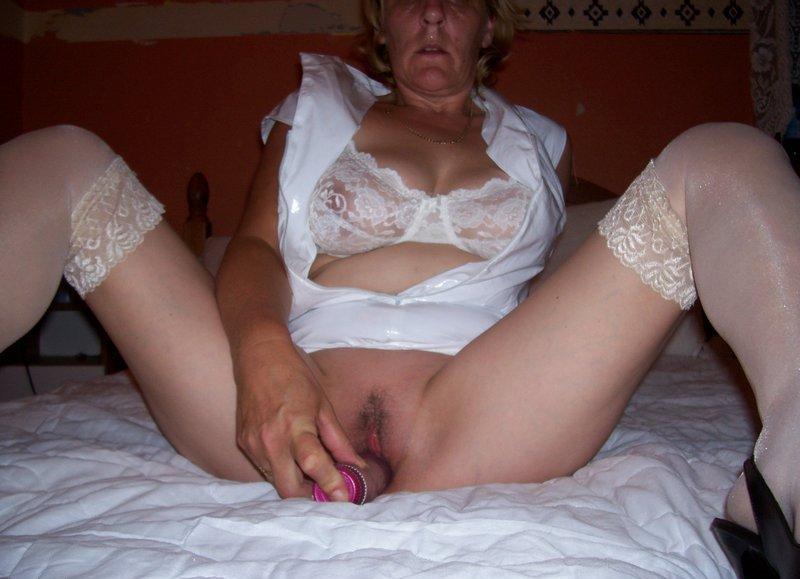 femme mature recherche des jeunes puceaux pour plan sexe.